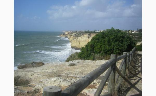 Klippenpfad nach Carvoeiro path to Carvoeiro / Cliff